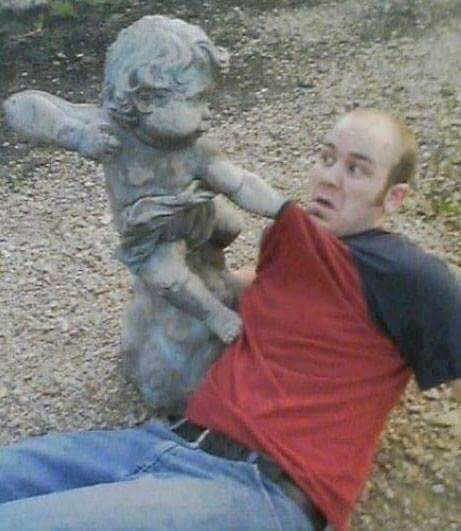 Getting punched with Statue Kid